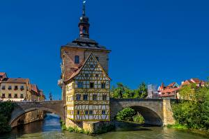 Фотографии Мост Здания Германия Водный канал Бавария Bamberg Old town hall Regnitz River