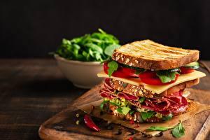Фотографии Бутерброд Сэндвич Колбаса Сыры Томаты
