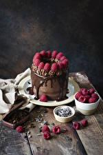 Картинки Торты Шоколад Малина Кофе Доски Тарелке Зерно Дизайна