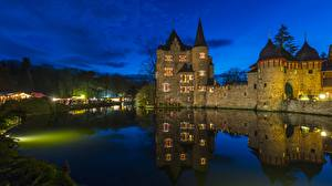 Картинка Замки Вечер Пруд Германия Burg Satzvey Mechernich город