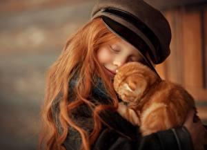 Обои Кот Рыжая Волосы Обнимает Рыжие Девочки Дети Животные