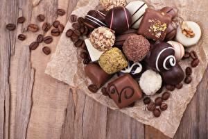 Обои Шоколад Конфеты Шарики Еда