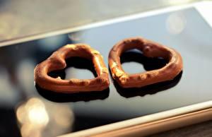 Фото Печенье День всех влюблённых Вдвоем Сердце Смартфоны