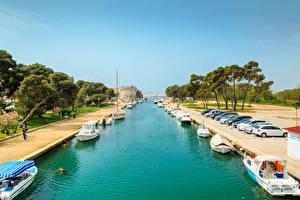 Фотография Хорватия Пирсы Катера Залива Harbour for small boats in Trogir город