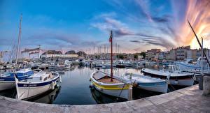 Фото Франция Дома Пирсы Катера Лодки Вечер La Ciotat Города