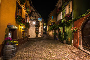 Фотография Франция Дома Улице Ночные Уличные фонари Riquewihr город