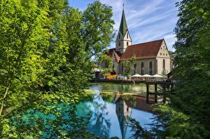 Картинки Германия Храмы Церковь Пруд Blaubeuren