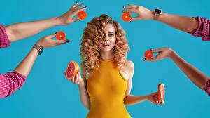 Картинки Грейпфрут Руки Блондинка Прически Красивые Волос Katrin Sarkozy, Anton Harisov Девушки
