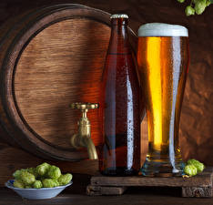 Картинки Хмель Бочка Пиво Бутылка Стакане Пене Продукты питания