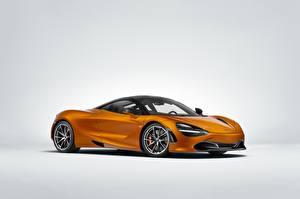 Фотография Макларен Сером фоне Купе Оранжевая MSO 720S авто