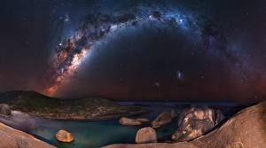Картинка Млечный Путь Небо Побережье В ночи Космос