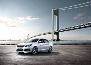 Фотография Peugeot Белый Седан 308