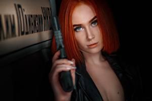 Фотография Пистолет Рыжие Смотрит Волос Мейкап Красивая Elvira Pozdnysheva Alexander Drobkov-Dark девушка