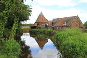 Картинки Шотландия Водный канал Трава Водяная мельница East Linton Природа