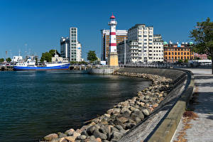 Картинка Швеция Здания Камень Пирсы Маяки Корабль Залива Malmö