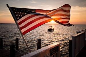 Фото Штаты Рассвет и закат Пристань Флаг