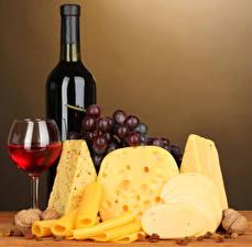 Обои Вино Сыры Виноград Орехи Бутылка Бокалы Еда