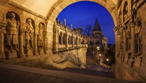 Картинки Будапешт Венгрия Арка Ночь Fisherman's Bastion город