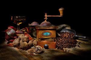 Фото Кофе Грецкий орех Кофемолка Зерна Еда