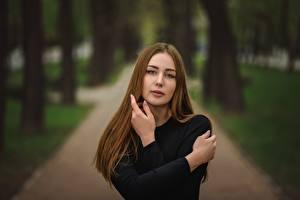 Картинки Боке Смотрит Шатенки Рука Dmitry Medved, Kate девушка