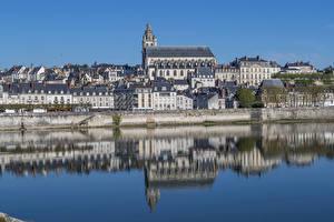 Картинка Франция Здания Речка Отражении Blois город