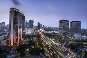 Фотографии Индонезия Дома Небоскребы Вечер Дороги Jakarta