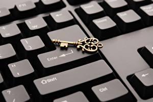Обои Клавиатура Крупным планом Замковый ключ Компьютеры