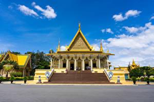 Обои Скульптура Дворца Дизайна Лестницы Cambodia Royal Palace город