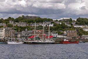 Фотография Корабль Парусные Пристань Дома Шотландия Залива Oban Города