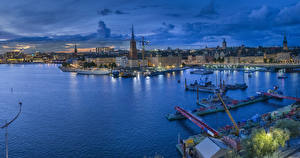 Фото Швеция Стокгольм Здания Река Пирсы Вечер Города