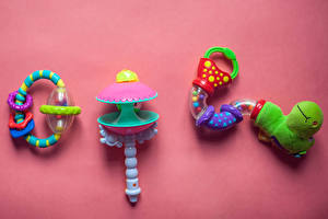 Обои Игрушки Цветной фон Baby rattle