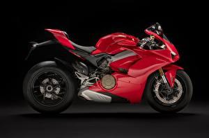 Фото Сбоку Красные 2018 Panigale V4 S Panigale мотоцикл