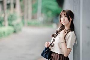 Фотография Азиатки Боке Позирует Шатенки девушка