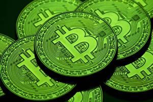 Картинки Bitcoin Крупным планом Монеты Зеленые