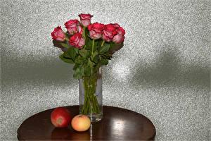 Картинка Букеты Розы Яблоки Вазе Красные цветок