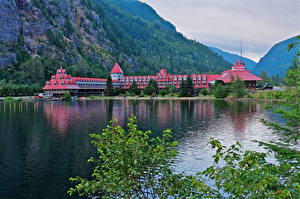 Фото Канада Горы Озеро Отель Ветка Three Valley Lake Chateau British Columbia Природа