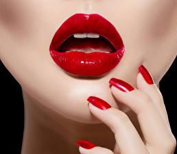 Фотография Пальцы Красные губы Маникюра Девушки