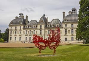 Фотографии Франция Замки Маски Скульптура Газон Chateau de Cheverny Города