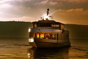 Картинка Германия Озеро Вечер Речные суда Lake Constance Природа