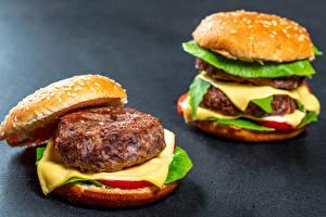 Обои Гамбургер Булочки Котлеты Сыры Две