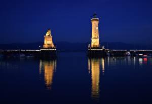 Фото Озеро Маяк Германия В ночи Bodensee, Lindau Города