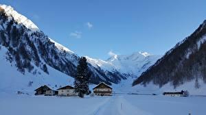 Картинка Горы Австрия Дома Альп Снегу Поселок Zillertaler Alpen, Schmirntal Природа