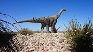 Обои Камни Динозавры Скульптуры Brontosaurus