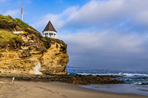 Картинки Америка Берег Волны Скала Песок Laguna Beach