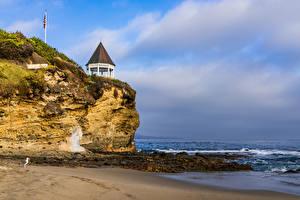 Картинки Америка Берег Волны Скала Песок Laguna Beach Природа