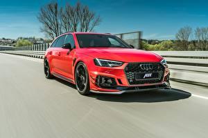 Фото Audi Движение Металлик Красная 2018 ABT RS4 RS4-R машины