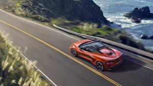 Картинка Шевроле Оранжевые Сверху convertible Stingray Corvette C8 машина