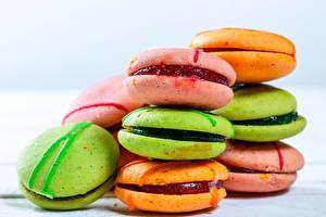 Фотографии Вблизи Печенье Макарон Разноцветные Еда
