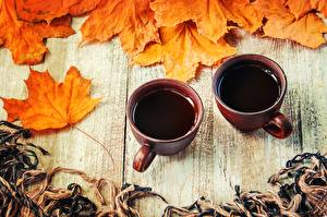 Картинки Кофе Осенние Листва Кружки Две Пища