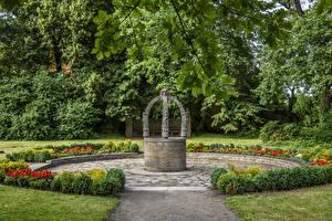 Фотография Германия Парк Колодец Lutherstadt Wittenberg